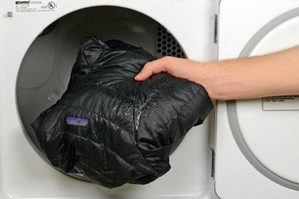 hoe was je een waterdichte jas, waterdichte jas wassen, wassen geimpregneerde jas